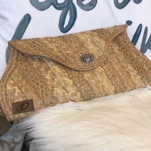 Handbags - Hand crafted clutch from Bahamas EUC